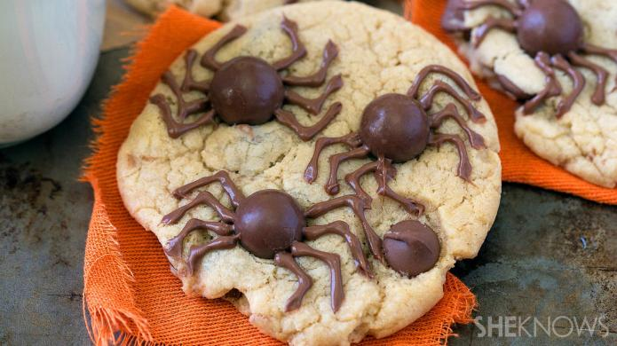 Creepy spider cookies are an easy-to-make