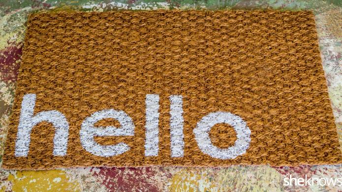 This DIY welcome mat is a