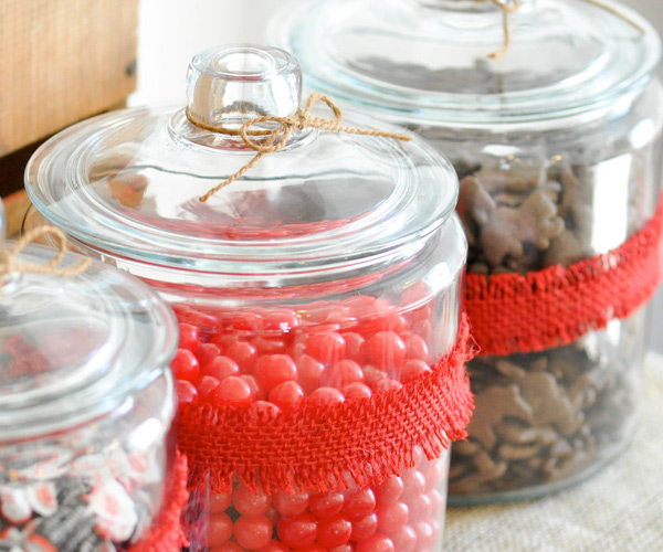 Candy jars | Sock monkey themed party