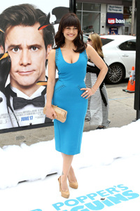 Carla Gugino at Mr. Popper Penguin's premiere