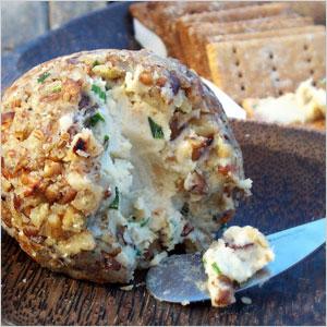 Cashew cheese ball | Sheknows.com