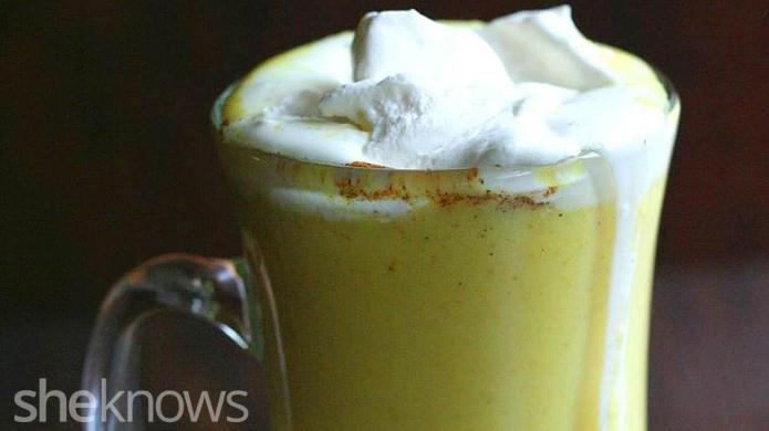 Golden cashewmilk is a satisfying winter