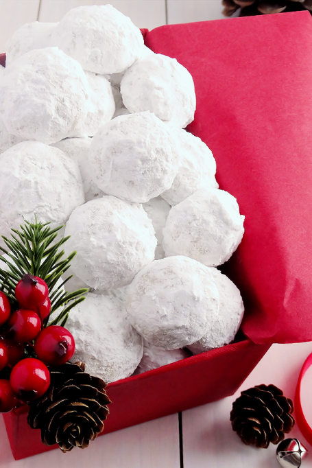 Popular Pinterest Cookies: Melt-in-your-mouth snowball cookies are a holiday classic