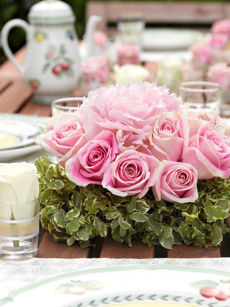 Roses-centerpiece