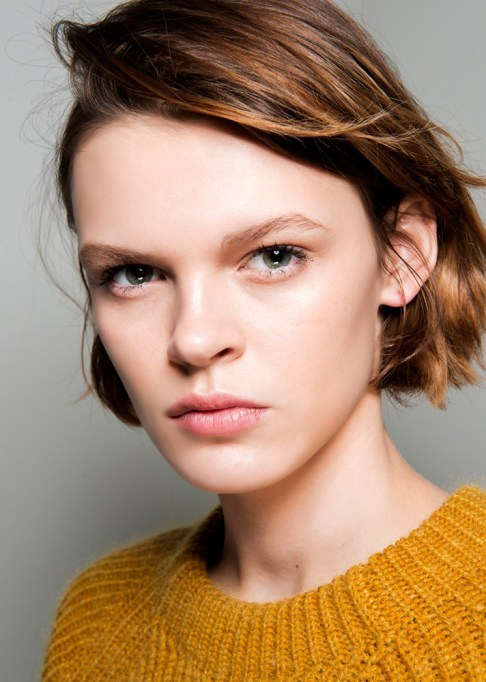 Summer Beauty Ideas For When It's Crazy-Hot | Side swept bob haircut