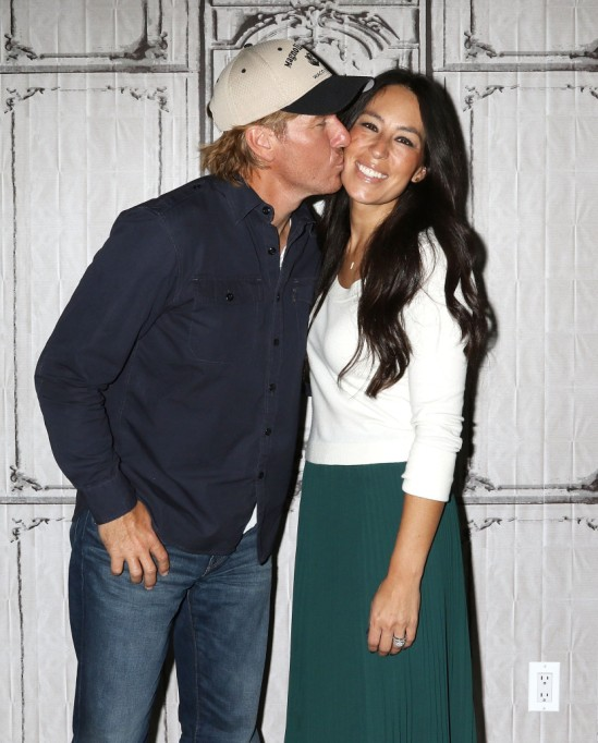 Celebrity Parents Who Don't Believe in Giving Their Kids Presents   Chip And Joanna Gaines