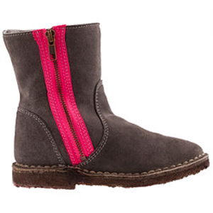 Chalet boots for girls
