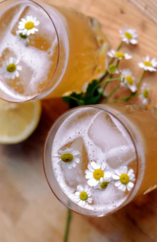 Summer Iced Tea Cocktail Recipes: Chamomile-honey whiskey