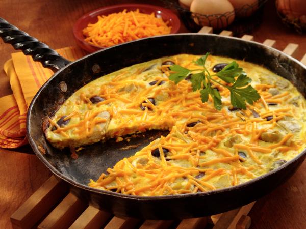 Cheddar, olive and artichoke frittata