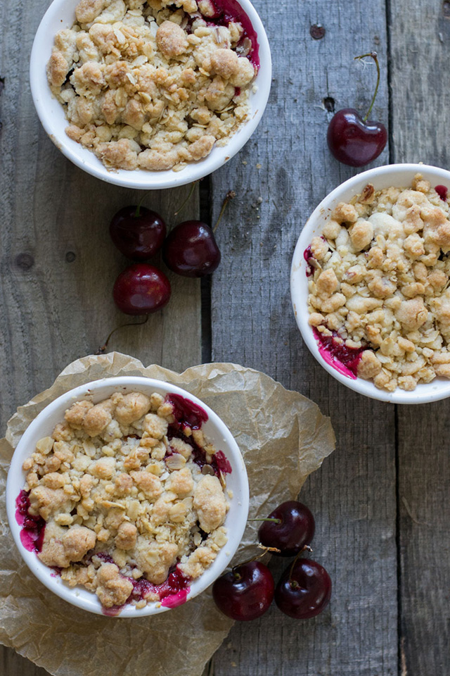 Individual cherry almond crumbles