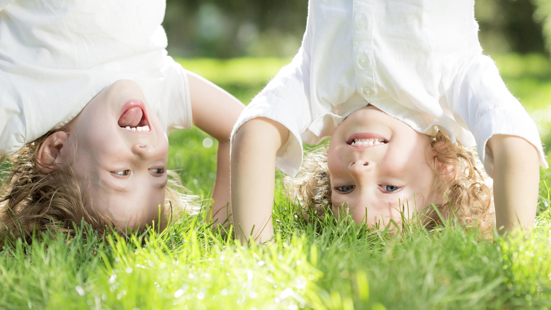 Children doing handstands | Sheknows.com