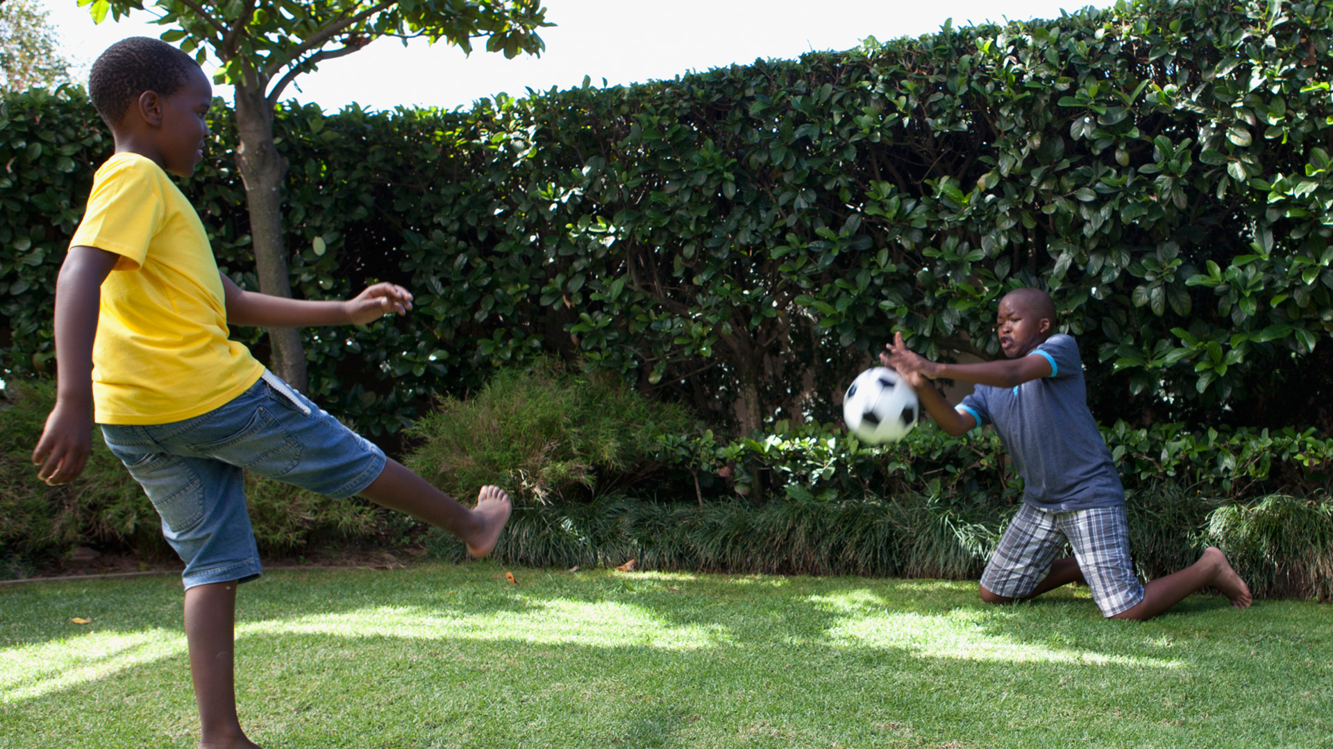 Children playing soccer | Sheknows.com