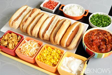 Chili hot dog bar