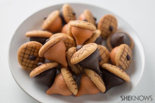 Chocolate and pumpkin spice acorns | SheKnows.com