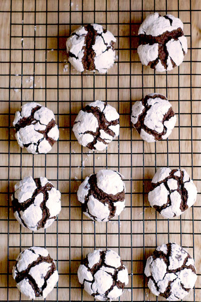 Chocolate snowball crinkle cookies recipe