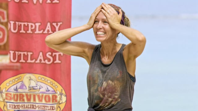 Chrissy Hofbeck at challenge on Survivor: Heroes Vs. Healers Vs. Hustlers