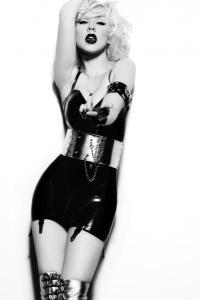 Christina Aguilera strikes a pose