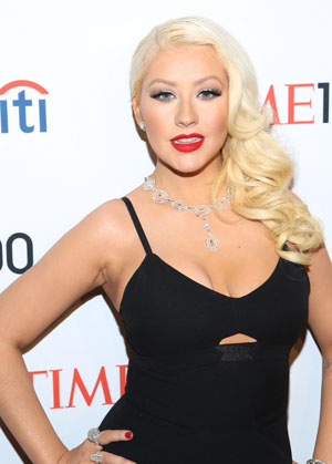 Christina Aguilera denies feud with Adam Levine