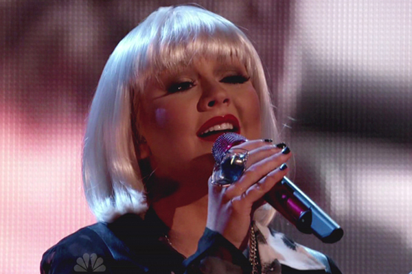 Christina Aguilera to perform at the People's Choice Awards
