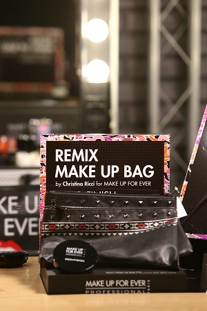 MAKE UP FOR EVER Make Up Bag