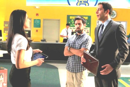 Chuck premieres! Zack Levi is back as Chuck