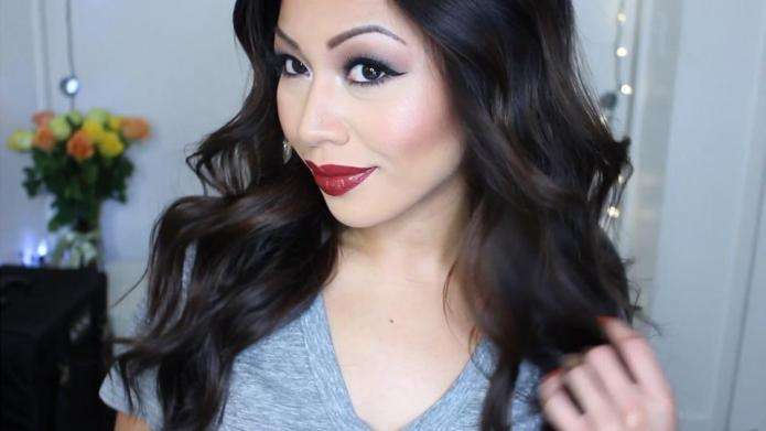 11 Addicting YouTube channels for beauty