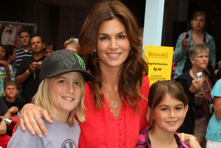 Cindy Crawford with kids