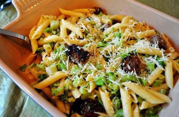 Tonight's Dinner: Broccoli pasta with sausage