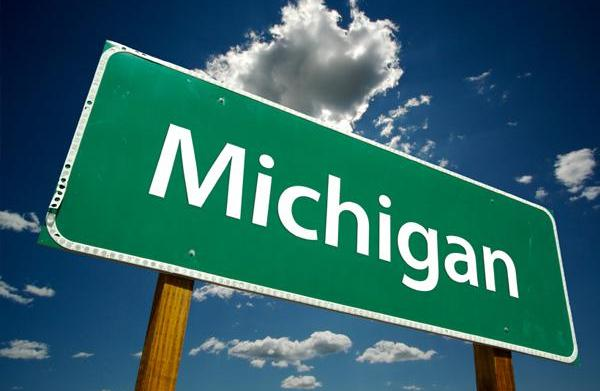 Winter activities in Michigan for families