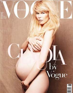 Claudia Schiffer pregnant on the cover of German Vogue