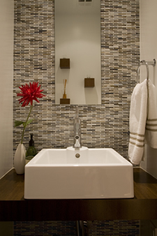 4 powder room makeovers to die for sheknows - Small powder room ideas 2018 ...