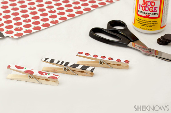 Decoupage clothespin magnet
