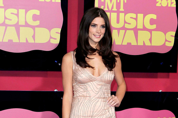 Twilight's Ashley Greene at the CMT Awards