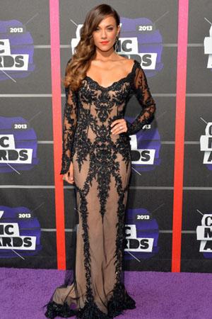 Jana Kramer at the 2013 CMT Music Awards