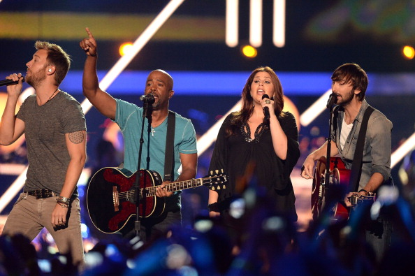 Darius Rucker performs at the 2013 CMT Music Awards