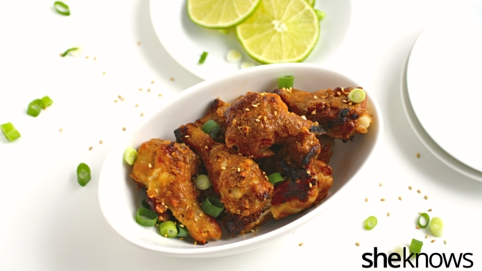 Baked-not-fried Thai chicken wings — tons