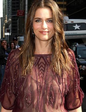 Amanda Peet is all Bent out