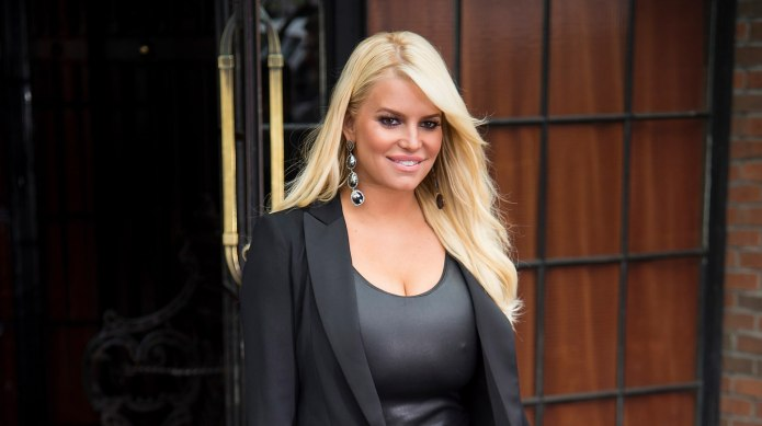 Mom-Shamers Attack Jessica Simpson for Sexy