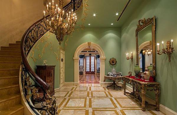 New York's priciest pads up for