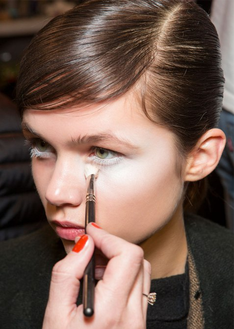 Best Under-the-Radar Beauty Hacks | Thicken Your Foundation for Concealer