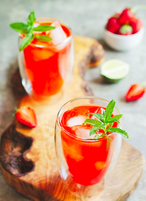 Non-Alcoholic Paleo Strawberry Mojito