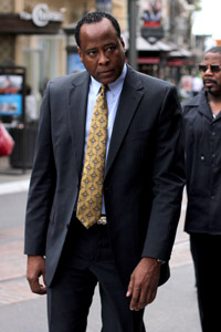 Conrad Murray in trouble after bodyguard testimony