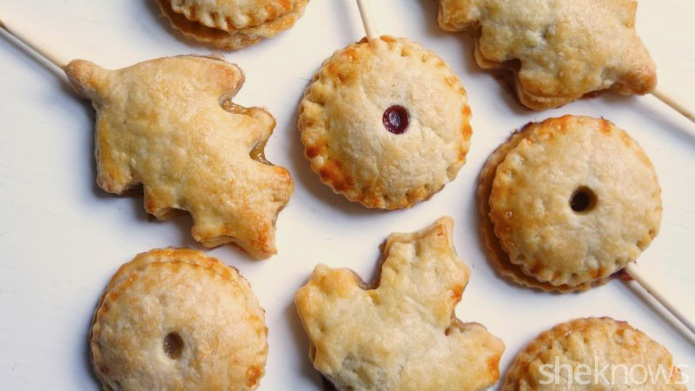 Caramel apple pie pops make your