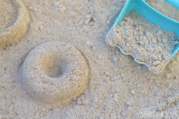 Corn starch moldable beach sand