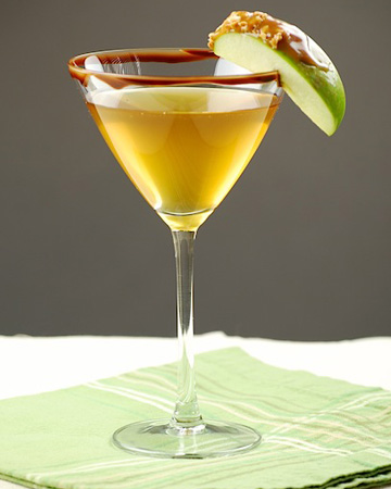 Chocolate-covered caramel apple cocktail