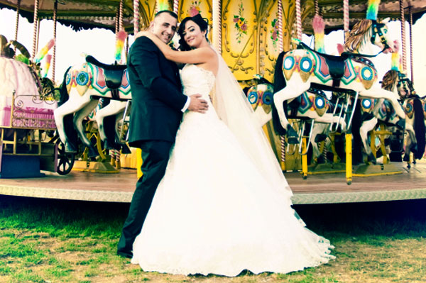 Couple getting married at amusement park   Sheknows.ca