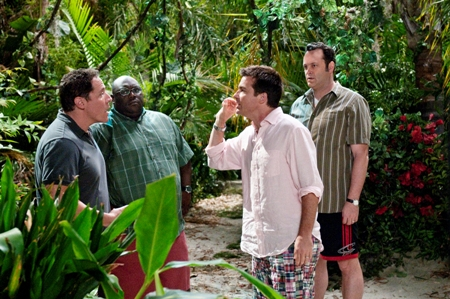 Jason Bateman steals scenes from Vince Vaughn in Couples Retreat