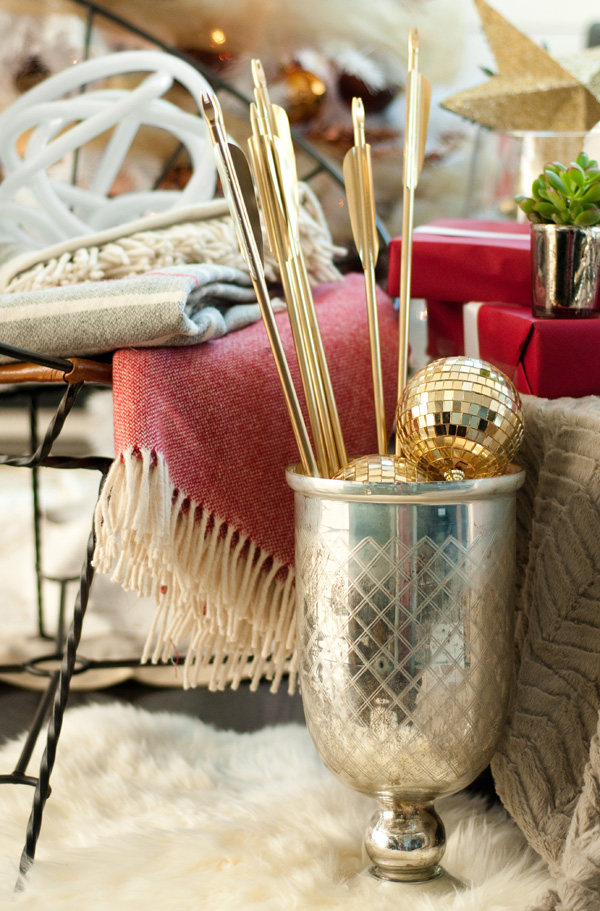 Courtney's Corner: Decorating for Christmas -- Quirky is good
