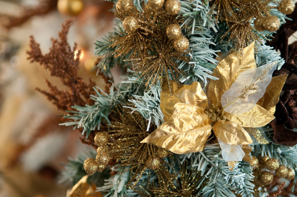 Courtney's Corner: Decorating for Christmas -- Flat pack