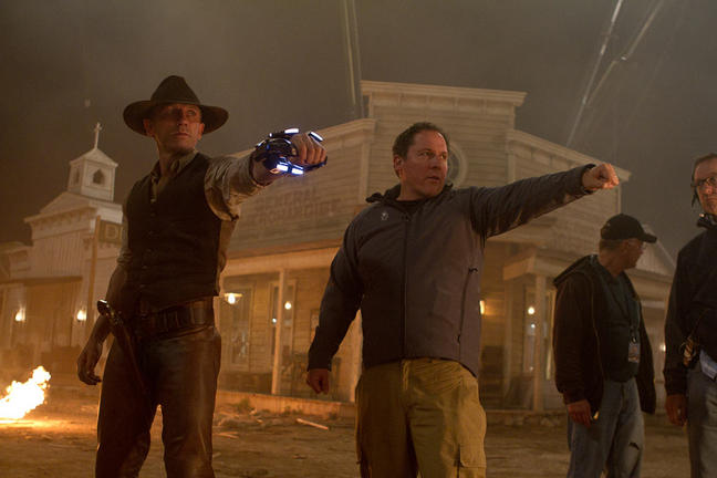 Daniel Craig and Jon Favreau on the set of Cowboys and Aliens